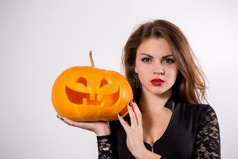 Ведьма с тыквой стоковая фотография