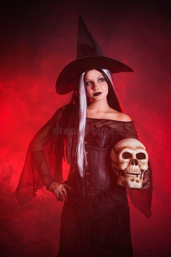 ведьма черепа halloween стоковое фото