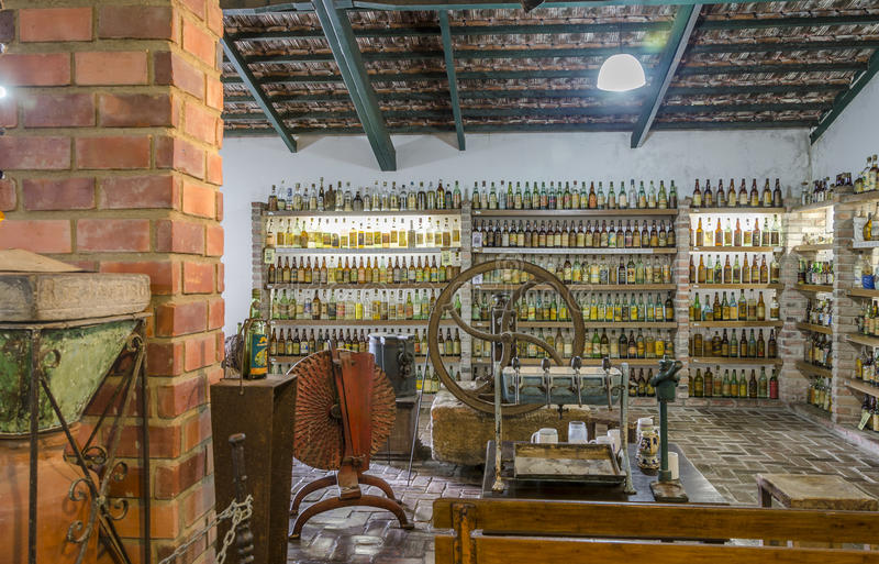 ВЕЙЛ VERDE, BETIM, Бразили-музей cachaca стоковая фотография