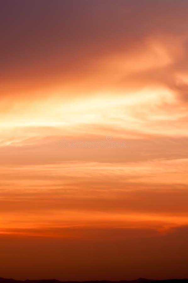 вектор природы предпосылки красивейший сделанный цветастый заход солнца драматическое небо стоковые фото