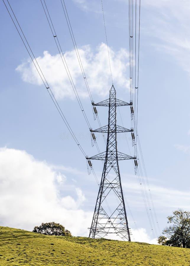 Великобританская национальная опора электричества решетки стоковые фото