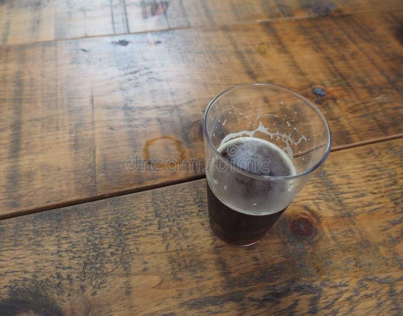 великобританская пинта пива эля стоковая фотография