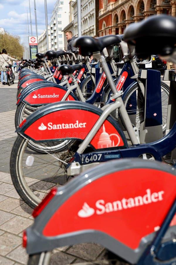 Велосипед-публикация системы в Лондоне стоковая фотография rf