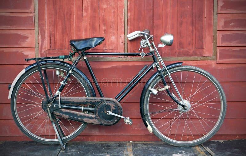 Велосипед сбора винограда стоковые изображения rf