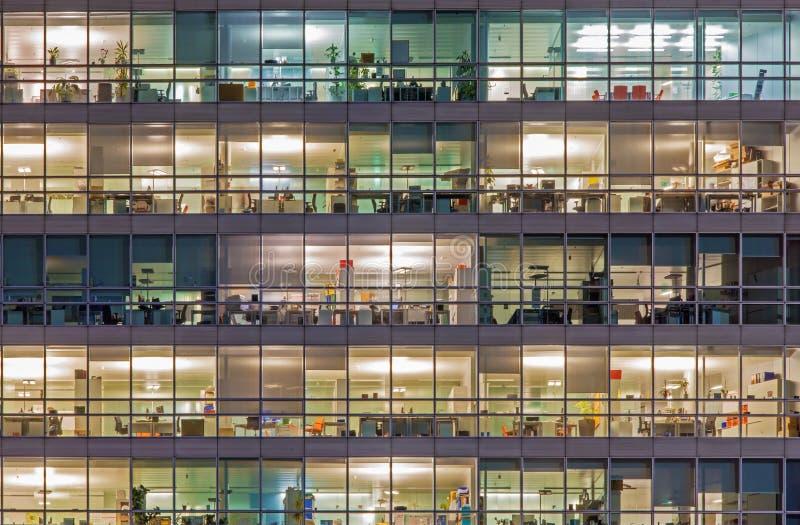 Вена - офисы на ноче стоковое изображение rf