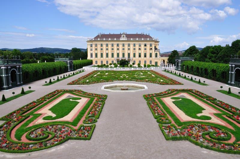 вена schonbrunn дворца сада Австралии конфиденциальная стоковые фотографии rf