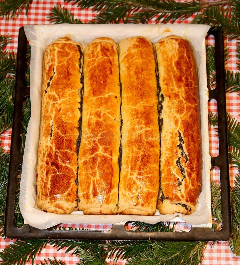 Венгр свернул beigli или bejgli торта рождества aka стоковые изображения rf