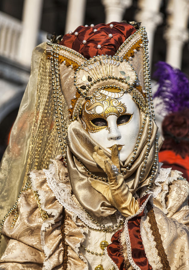 Венецианская маска стоковые изображения