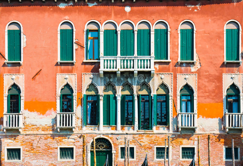Венецианский фасад дома стоковая фотография rf