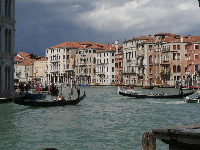Венеция - панорама моста Rialto стоковое фото