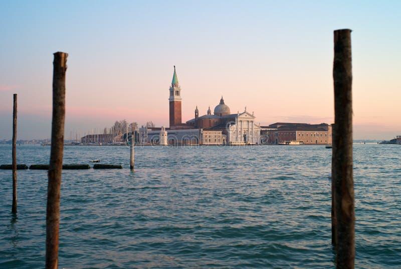 Венеция - романтичный взгляд Сан Giorgio Maggiore стоковые изображения rf