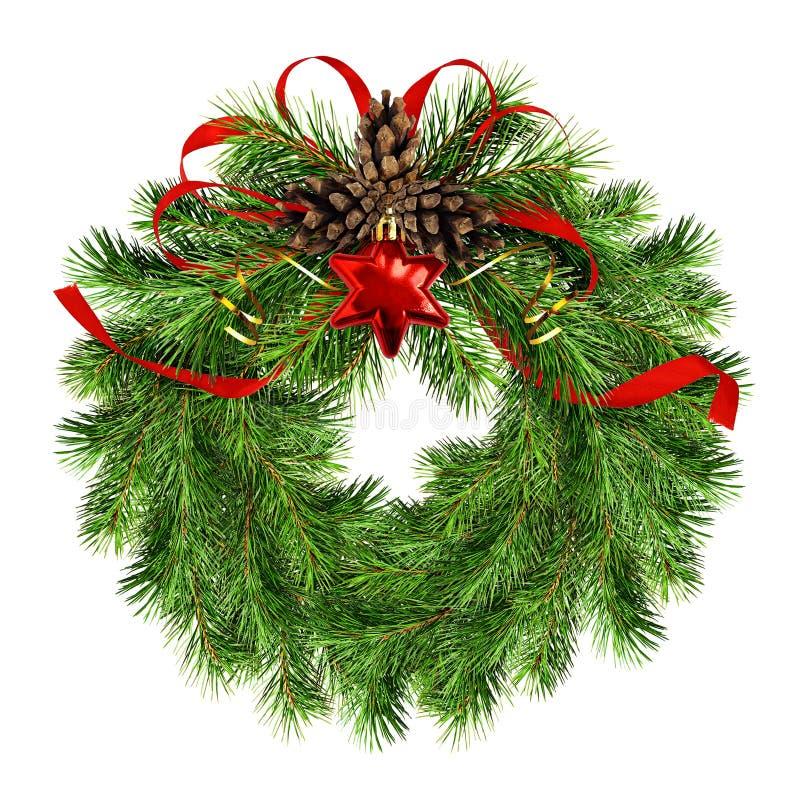Венок рождества с хворостинами сосны, конусы и красная silk лента обхватывают стоковое изображение rf