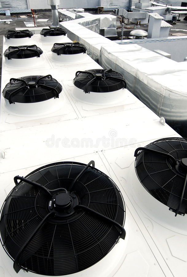 вентиляция системы крыши стоковое фото