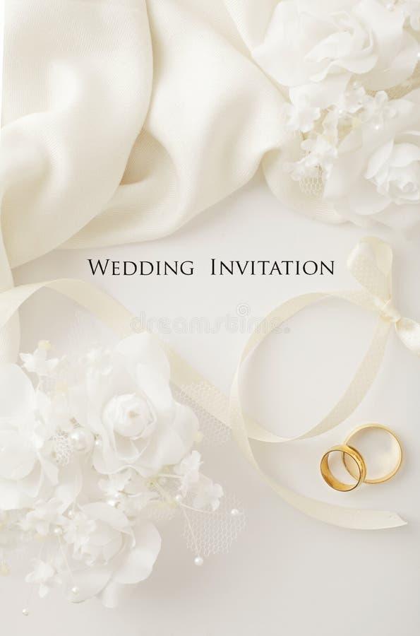венчание романтичного символа приглашения сердец элегантности предпосылки теплое стоковое изображение