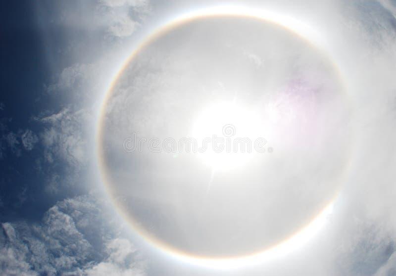 Венчик Parhelion или солнца в Таиланде стоковая фотография rf