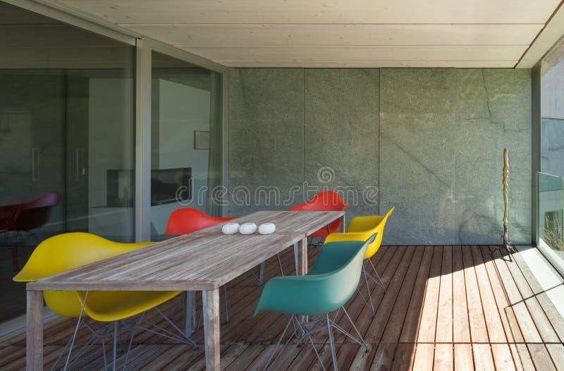 Веранда современного дома стоковые изображения rf