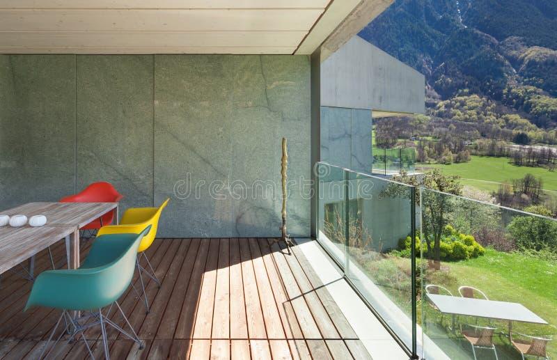 Веранда современного дома стоковое фото rf