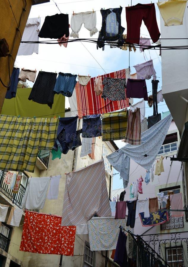 Веревочки и одежды стоковое фото
