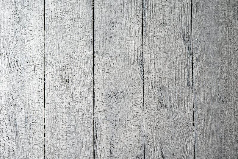 Вертикальные белые достигшие возраста деревянные планки стоковые фотографии rf