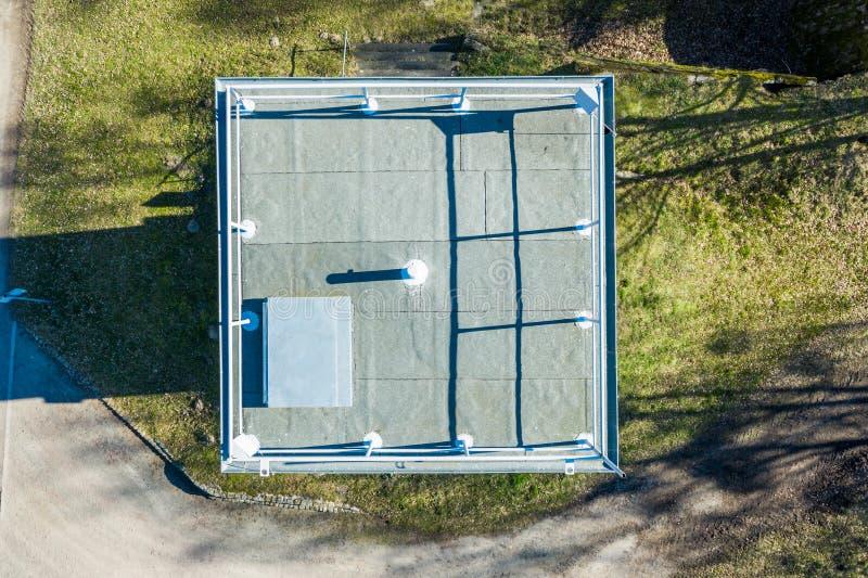 Вертикальный аэрофотоснимок бывшей сторожевой башни на внутренн-немецкой границе между Федеративной республикой Германии и стоковое фото rf