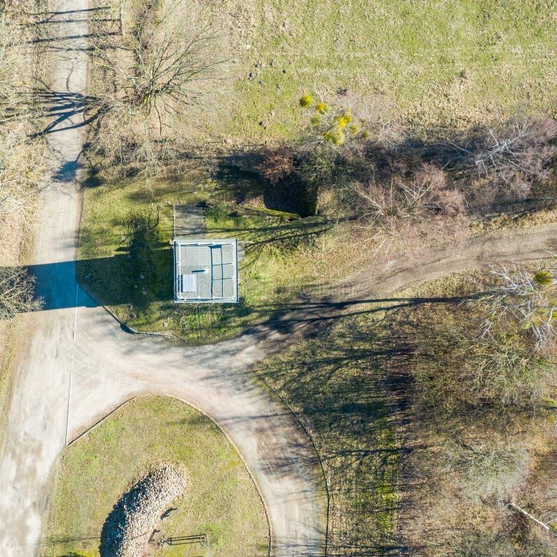 Вертикальный аэрофотоснимок бывшей сторожевой башни на внутренн-немецкой границе между Федеративной республикой Германии и стоковое фото