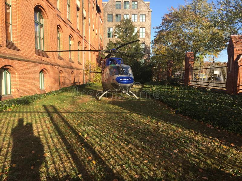 Вертолет медицинского обслуживания воздуха стоковые фотографии rf