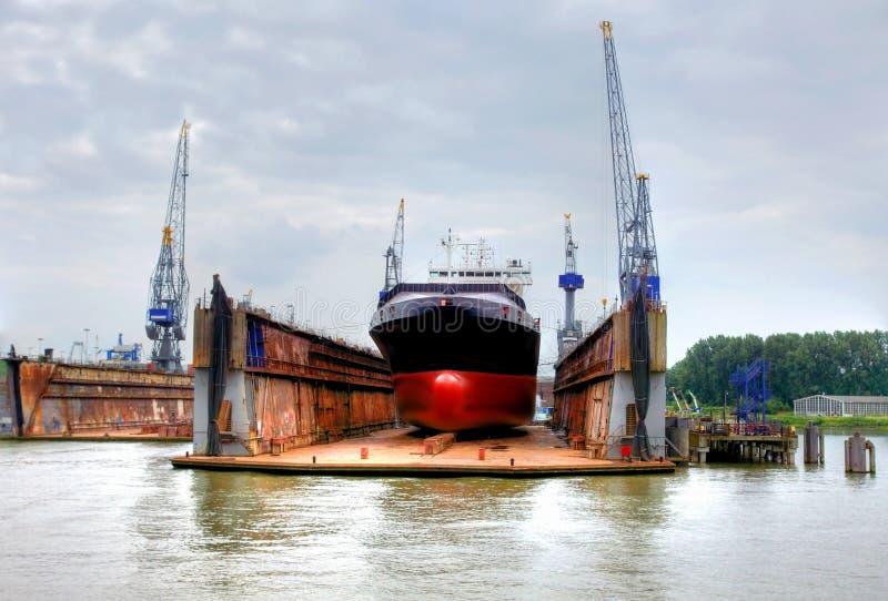 Верфь в eemhaven на порте rotterdam, стоковое изображение