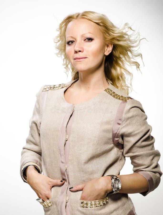 Красивейшая белокурая женщина. стоковые фото