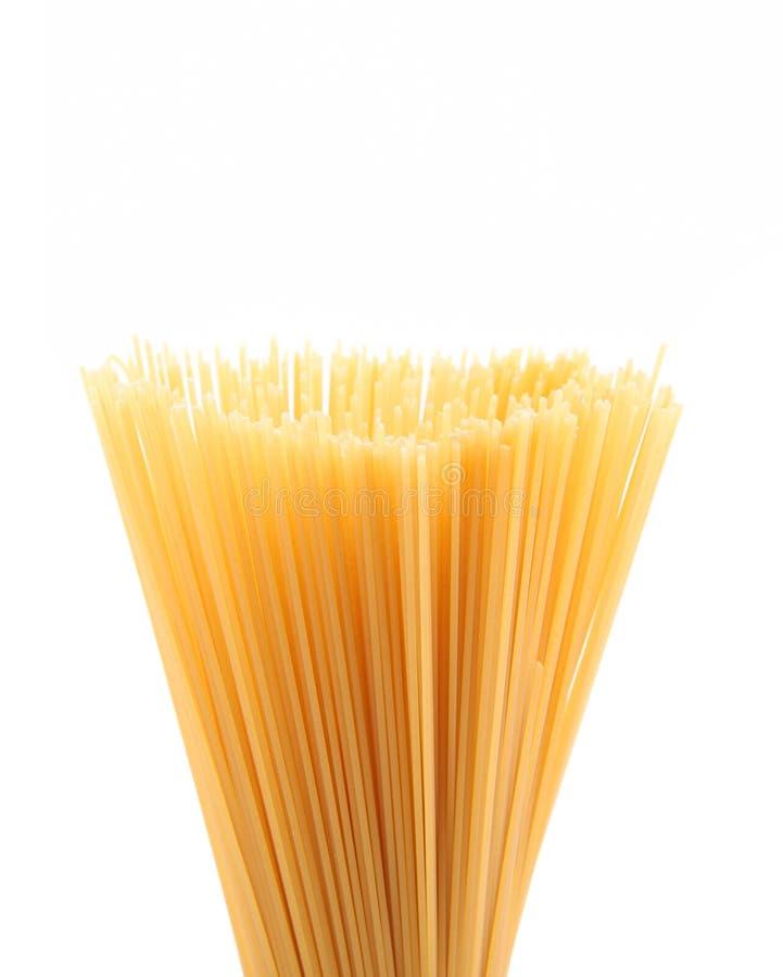 Верхние спагетти пука на белой предпосылке стоковые фотографии rf