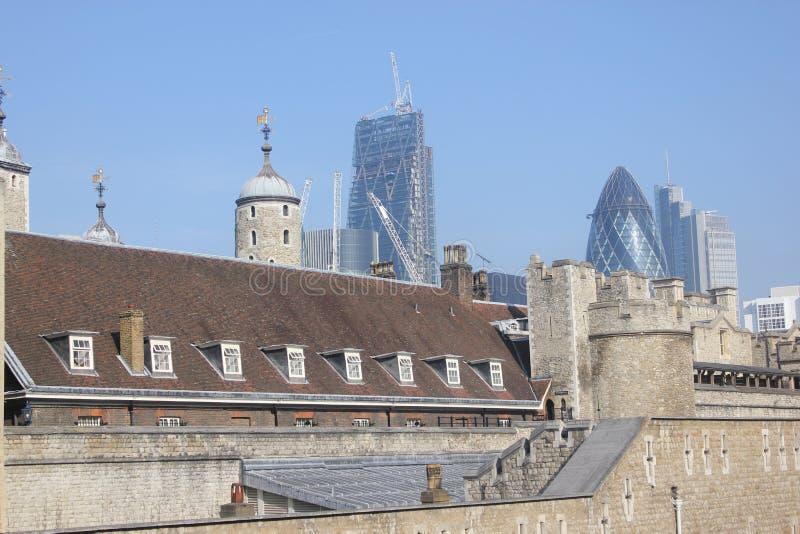Верхние части крыши стоковое изображение rf