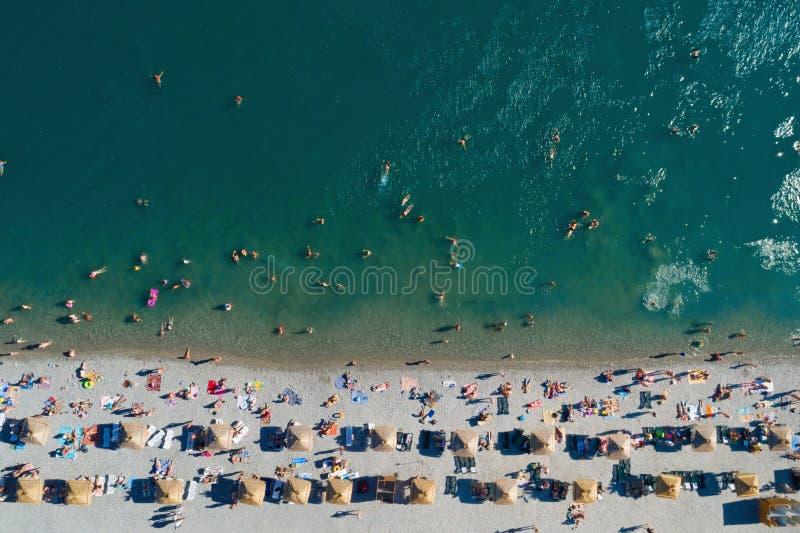 Верхний вид с воздуха пляжа стоковые фотографии rf