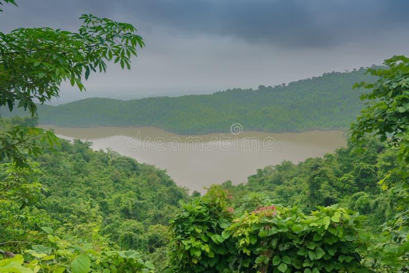 Верхняя запруда воды - Purulia, западная Бенгалия, Индия стоковые изображения rf