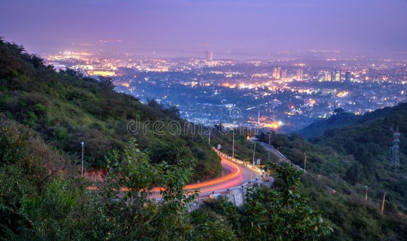 Верхняя часть Исламабад Пакистан холма Margalla стоковые изображения rf