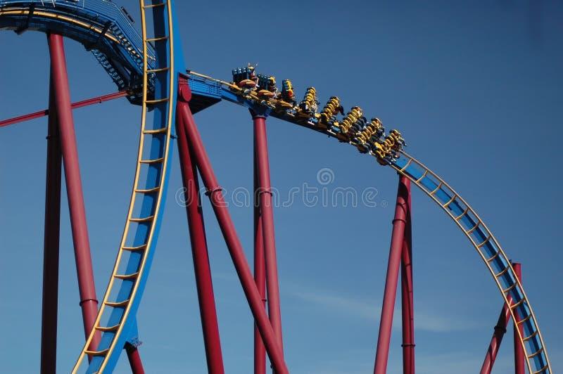 Download верхняя часть клекота падения S Стоковое Изображение - изображение насчитывающей опасность, высоты: 492877