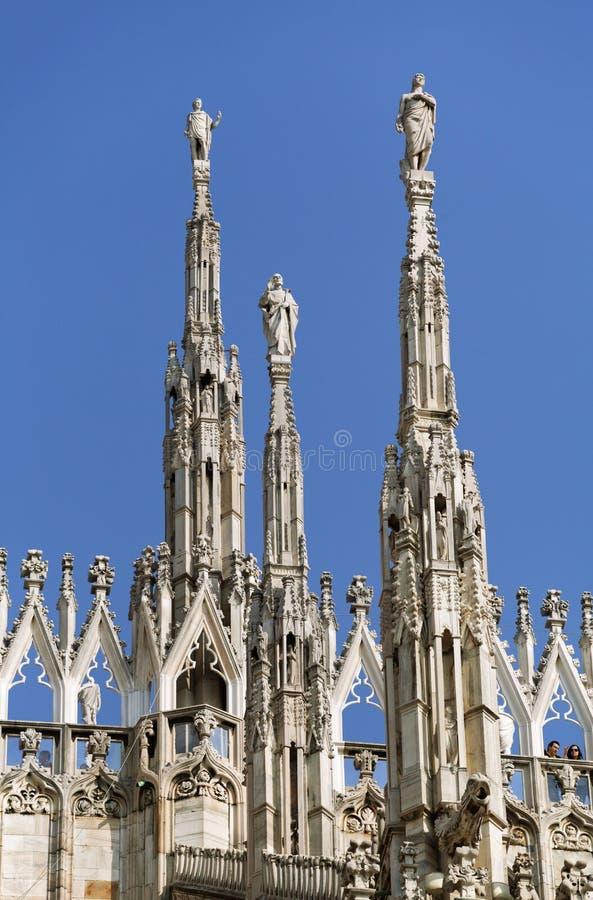 Верхняя часть собора милана стоковое изображение