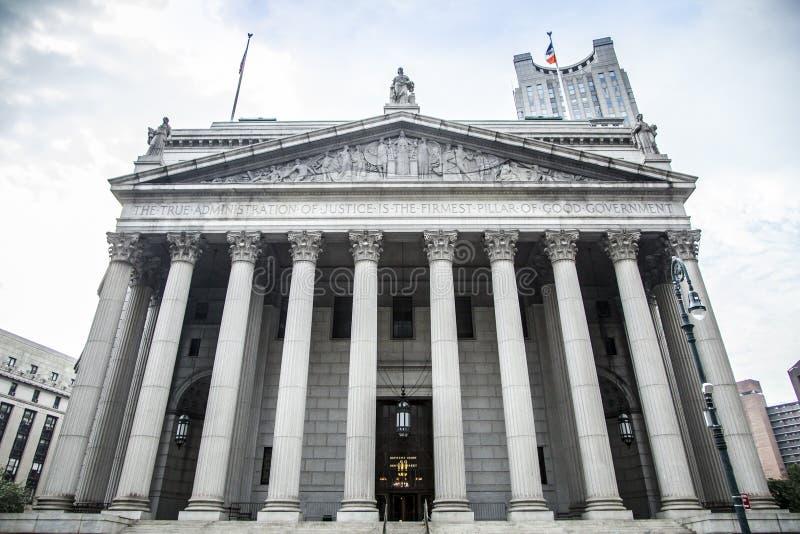 Верховный Суд Нью-Йорка во время дневного времени стоковое фото rf