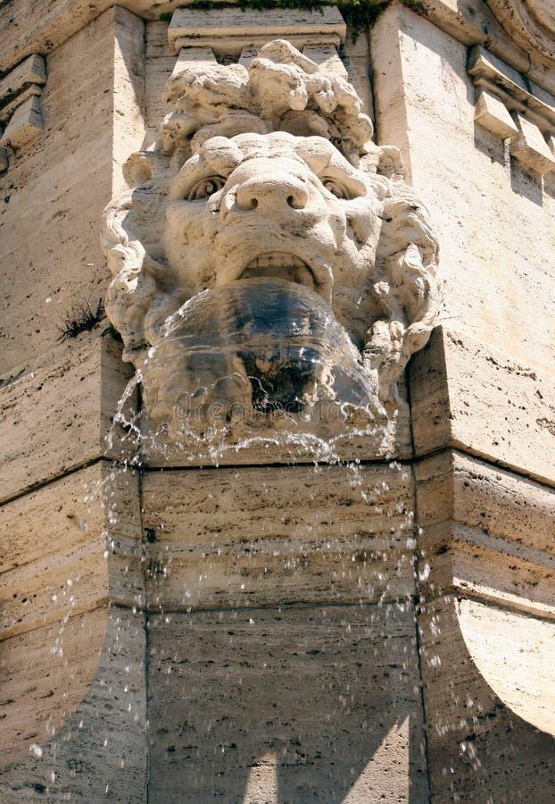 Верховный Суд Рим Италия фонтана стоковые фотографии rf