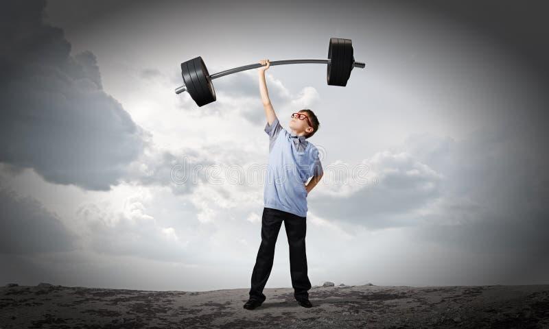 Download Верьте в себе стоковое изображение. изображение насчитывающей тренировка - 41650773