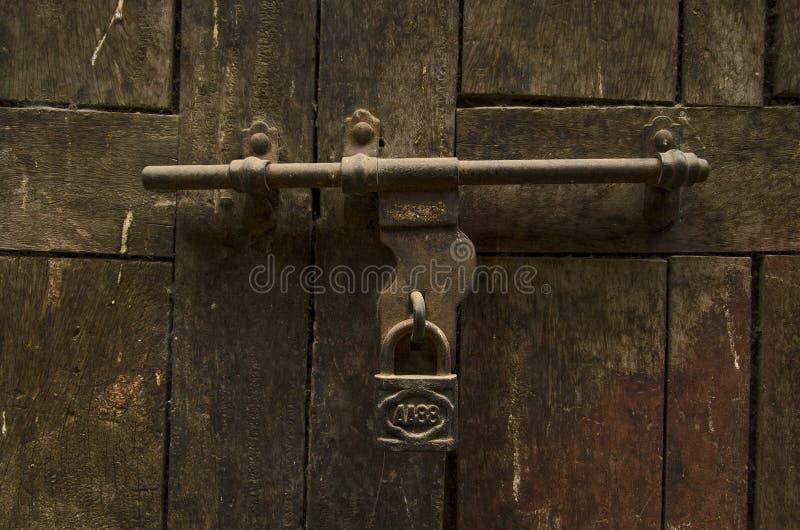 дверь старая kathmandu Непал стоковое фото