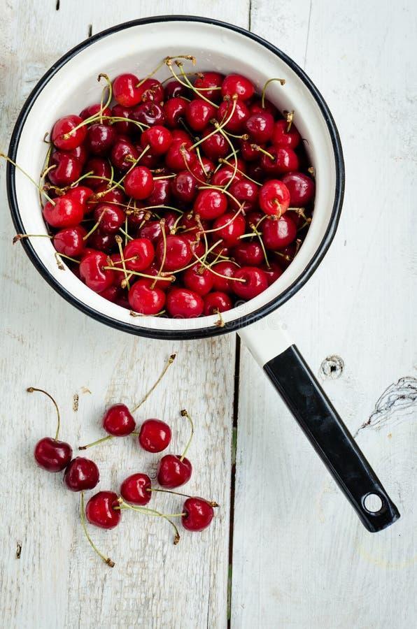 Веселое одичалой вишни сладостное стоковое фото rf