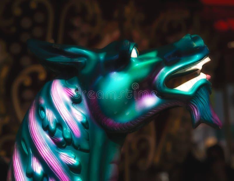 Веселый идет дракон круга стоковая фотография rf