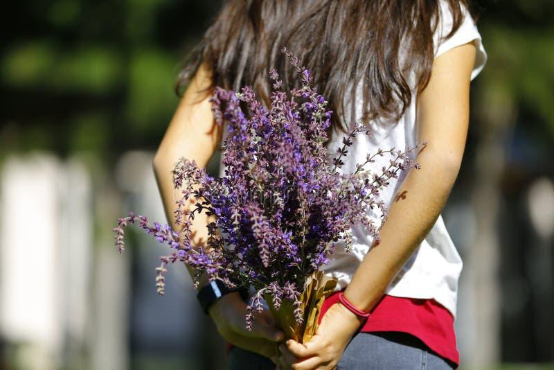 Весна здесь, цветки делает все лучший стоковая фотография