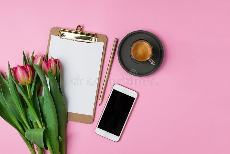 Весна 8-ое марта концепции дня матерей женщин валентинок стоковое изображение rf