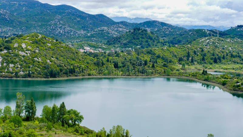 Весна 2016 озера Bacinska - Хорватии стоковое изображение rf
