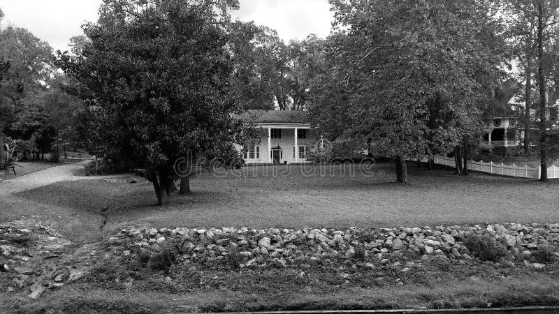 Весны MS Iuka старого дома плантации минеральные паркуют стоковое фото