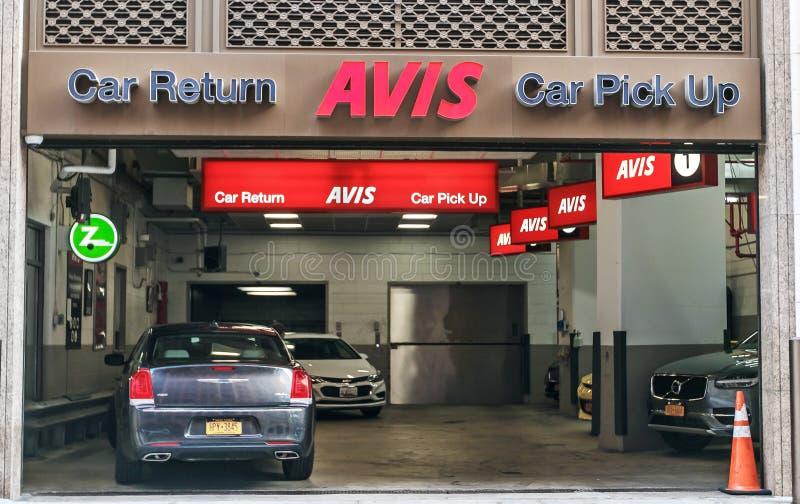 Ветвь прокатного автомобиля Avis стоковое фото rf