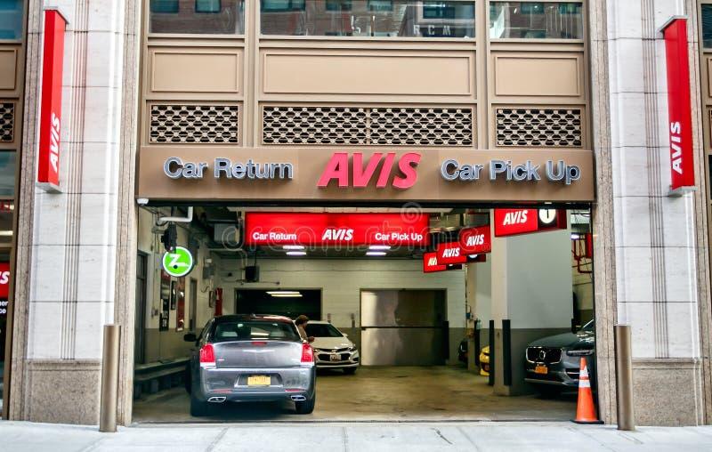 Ветвь прокатного автомобиля Avis стоковые фотографии rf
