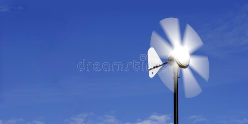 ветер лопасти альтернативной энергии стоковое изображение rf
