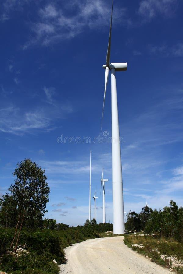 ветер способный к возрождению турбин энергии стоковая фотография