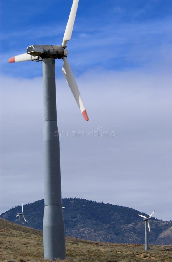 Download ветер стана стоковое фото. изображение насчитывающей электричество - 490660